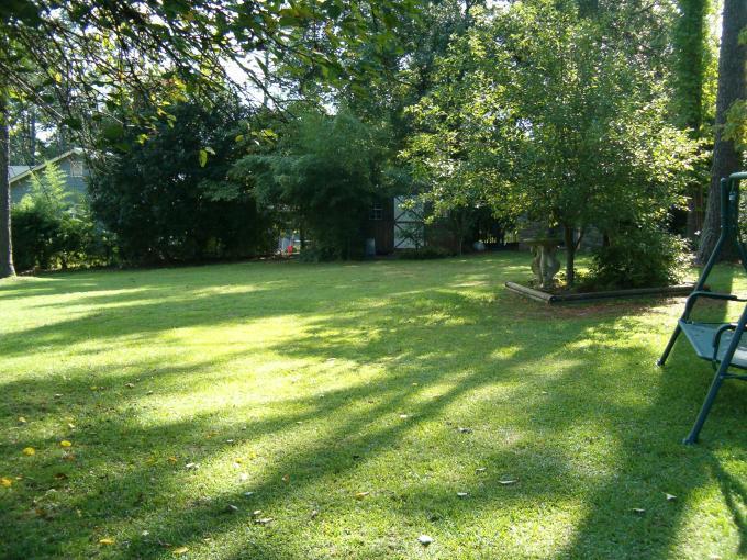 Show me your backyard!-house-pics-012.jpg