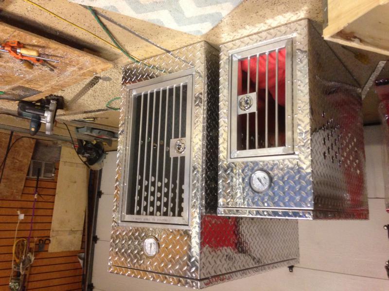 custom dog crates for truck-img_2055-1-.jpg