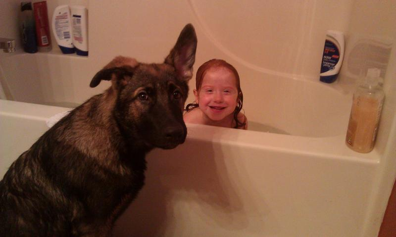 SHOW ME your Kids and dogs-yager-bath.jpg